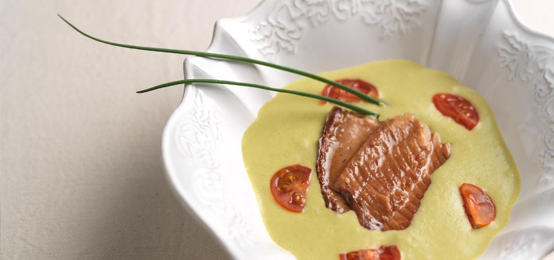 Maruzzella - ricetta Crema di piselli con filetto di trota affumicata